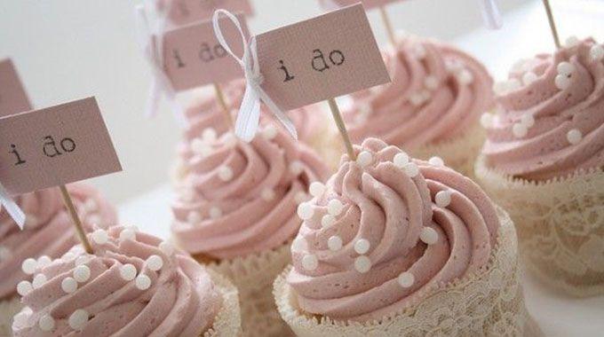 Le gâteau à étages, le bar à bonbons et autres animations au sucre sont toujours plus tendance de nos jours, et c'est tant mieux! Découvrez les dernières nouveautés!