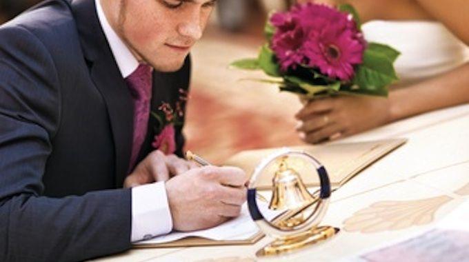 Vous trouverez dans cet article tout ce qu'il faut savoir concernant les formalités du mariage civil.