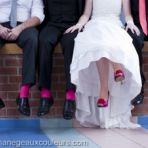J'adore l'idée des chaussettes assorties aux chaussures de la mariée