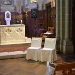 mariage religieux: Eglise: nos chaises avec les housses made in maison