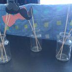 Petits vases pour ranger les accessoires photoboth ou autre utilité ! j'en ai 7 A vendre 4.-/pièces