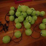 32 petites boules vertes en lanternes, jolie décoration pour un bar: 10.- la chaine de lumière