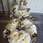 13 chandeliers à vendre. Je les avais fleuri pour mon mariage
